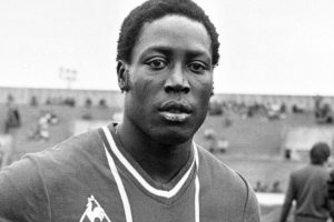 Former French soccer star dies after 39 years in a coma