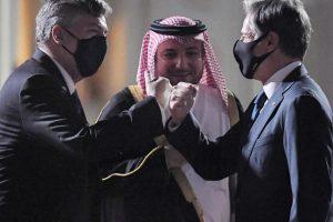 Four Americans depart Afghanistan as Blinken arrives in Qatar